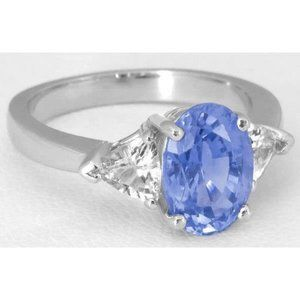 3 stone 4.70 Carats ceylon sapphire and diamonds